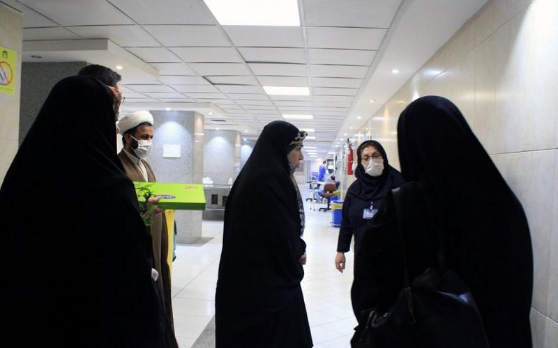 قدردانی از مدافعان سلامت مجتمع بیمارستانی امام خمینی (ره) و بیمارستان بهارلو به مناسبت نیمه شعبان