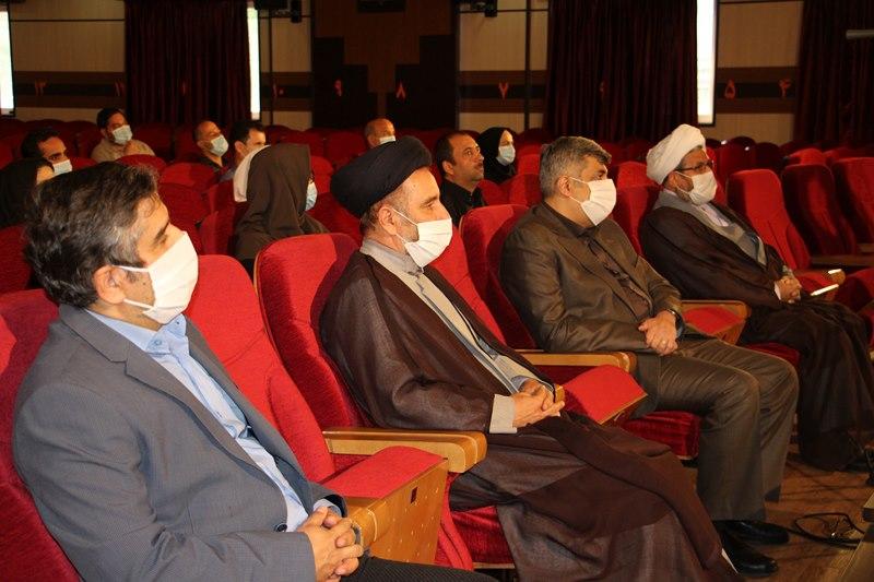برگزاری محفل انس با قرآن کریم در بیمارستان مرکز طبی کودکان