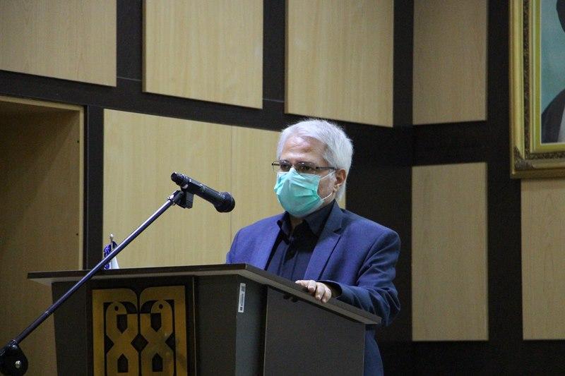 تجلیل از اعضای هیئت علمی و کارکنان آزمایشگاه ویروس شناسی دانشکده بهداشت با حضور مسئول نهاد