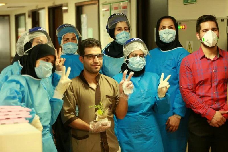 عیادت از بیماران و تقدیر از کادر درمان مجتمع بیمارستانی امام خمینی (ره) به مناسبت عید سعید غدیر خم