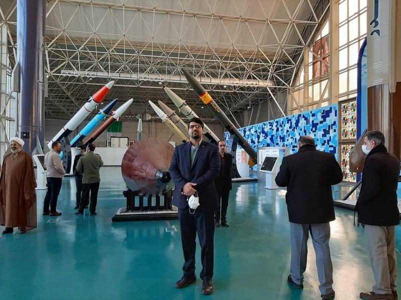 بازدید مسئولان و معاونان دفاتر نهاد نمایندگی مقام معظم رهبری در دانشگاه های استان تهران از نمایشگاه دستاوردهای هوافضای سپاه