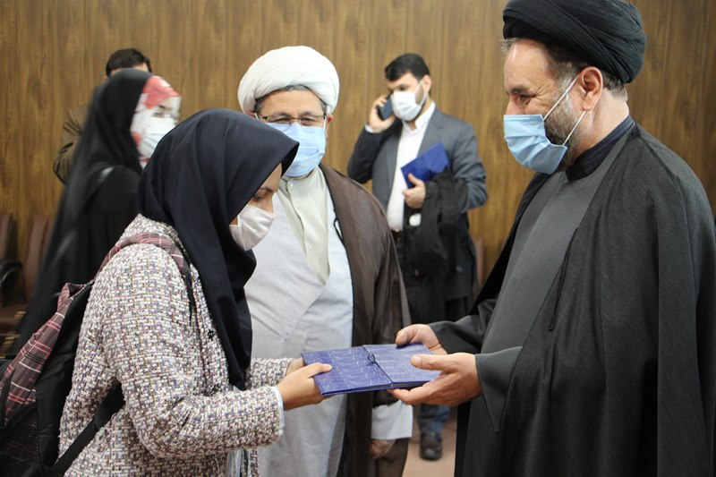 گردهمایی تجلیل از فعالان قرآنی و برگزیدگان بیست و پنجمین جشنواره قرآن و عترت دانشگاههای علوم پزشکی کشور