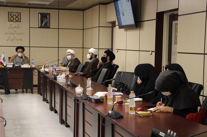 جلسه ارائه گزارش اجرایی دومین دوره آموزشی فرهنگی ضیافت اندیشه مجازی دانشجویان