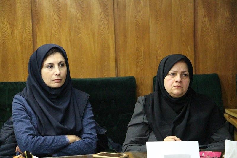 نشست هم اندیشی استادان دانشگاه علوم پزشکی تهران با موضوع قراردادهای جدید بین المللی