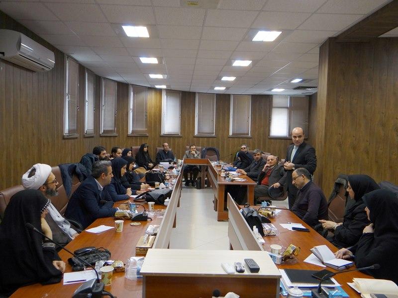 برگزاری نشست هماندیشی استادان با موضوع مهارتهای ارتباط مؤثر در دانشکده توانبخشی