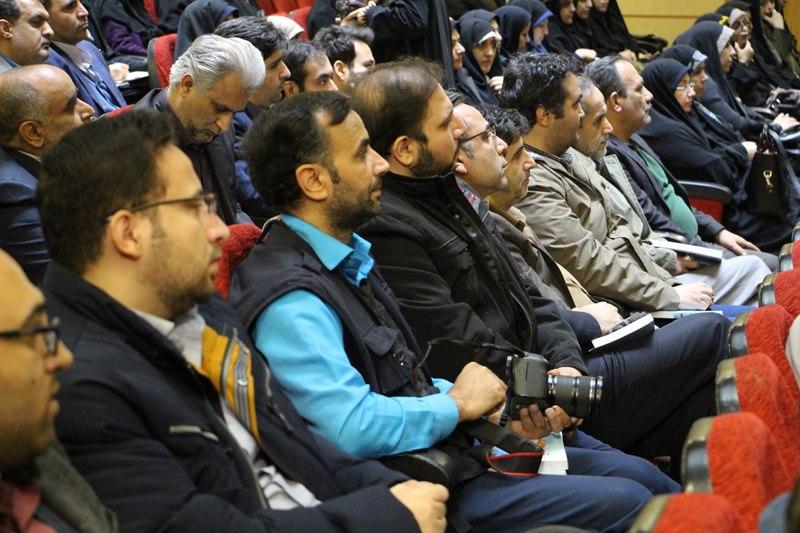 نشست حجت الاسلام والمسلمین قرائتی با اصحاب رسانه