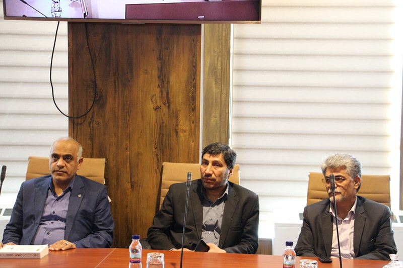 مراسم تجلیل از فعالان قرآنی و برگزیدگان بیست و سومین جشنواره قرآن و عترت دانشگاه های علوم پزشکی کشور