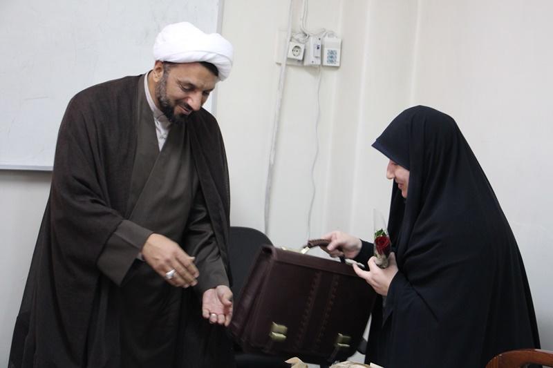 جلسه شورای هماندیشی استادان دانشگاه علوم پزشکی تهران به مناسبت هفته گرامیداشت مقام استاد