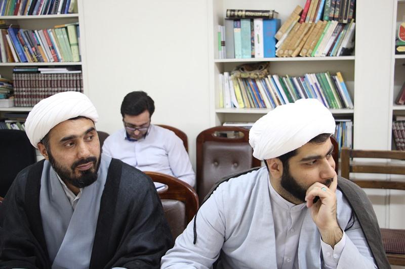 برگزاری کارگاه آموزشی ائمه جماعات دانشگاه با موضوع مبانی تفسیر قرآن کریم