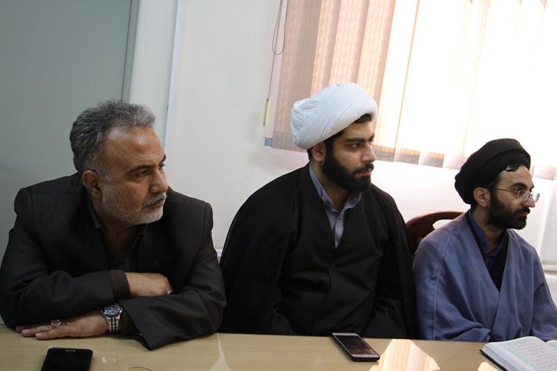 برگزاری جلسه تفسیر سوره احزاب، ویژه کارکنان دفتر نهاد (جلسه دوم)